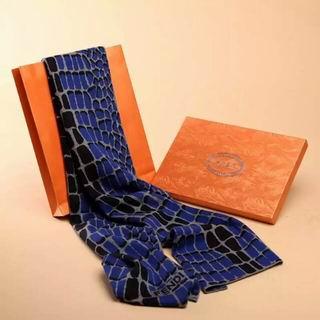Wholesale Fashion Fendi Desigenr Scarves-001